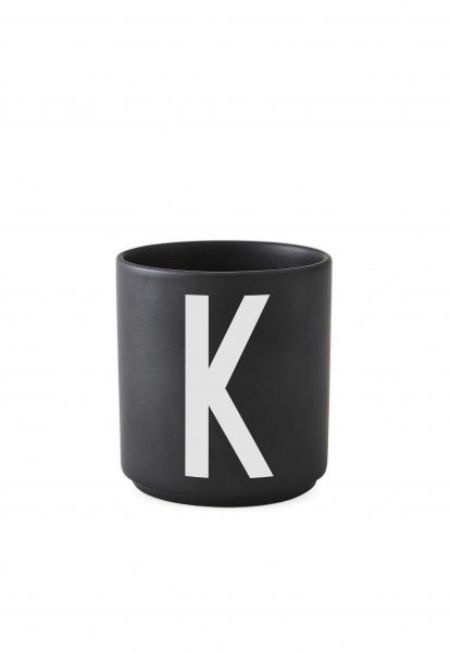 Ultra Design Letters Black Porselen Kopp A-Z - Interiør24 trygg handel GS-39